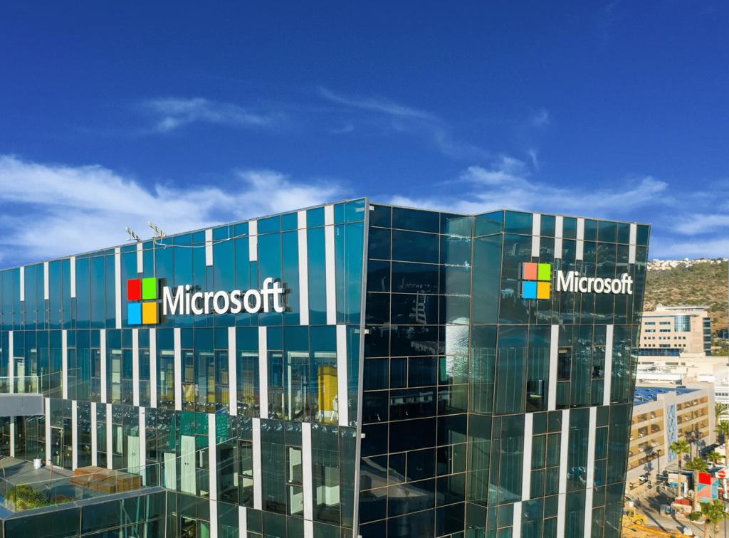 Microsoft siedziba - Jak kupić akcje Microsoftu: Inwestuj w MSFT bez prowizji w 2021